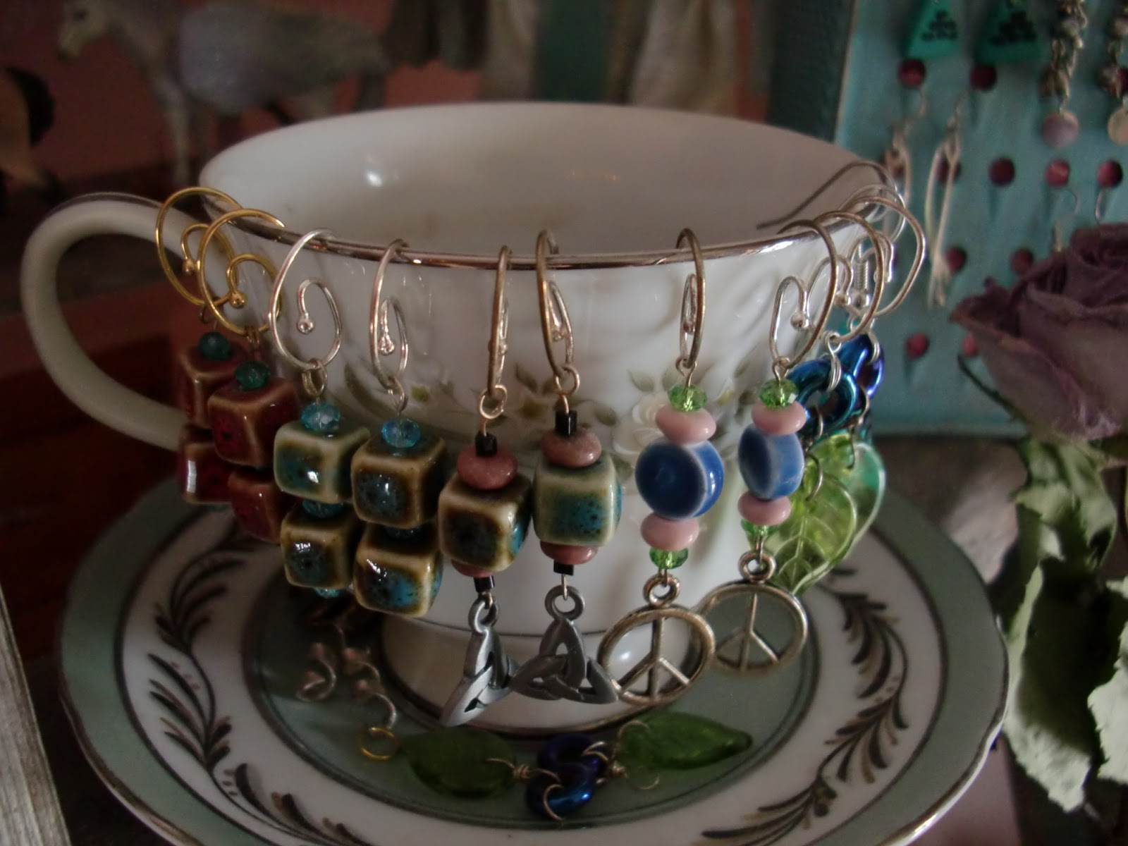 Bits Amp Pieces Cute Jewelry Display Ideas