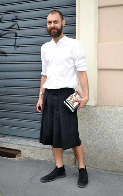 Look masculino homem com saia