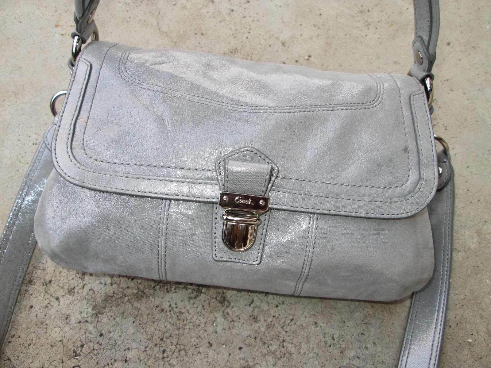 d0rayakEEbaG: Authentic Coach POPPY Shoulder/Sling Bag(SOLD)
