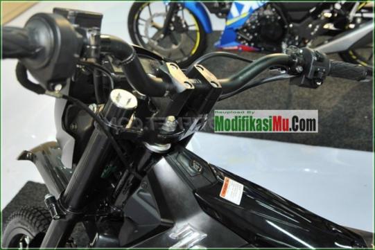 Setang Pakai DBS - Modifikasi Suzuki Satria F150 Off Road Style Sederhana Tapi Keren Velg Jari Jari Warna Hitam Airbrush