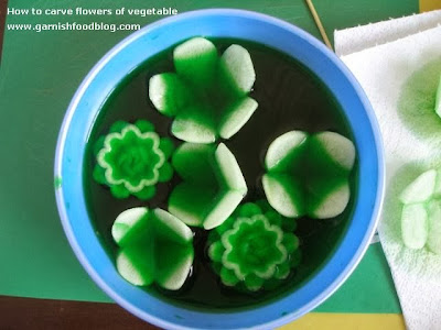 use liquid food coloring