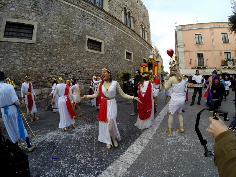Karnawał włoski - Taormina prawie jak Wenecja
