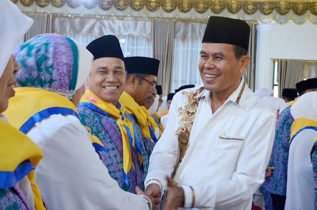 Wako Mukhlis Rahman,  Resmi Melepas 116 Orang Jemaah Calon Haji Pariaman