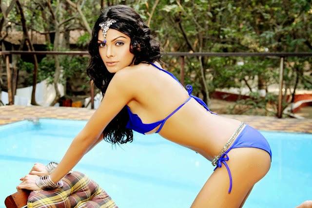 Actress Wallpaper For Mobile 26: Bollywood Actress Bikini Hd Wallpapers
