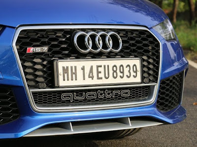 Audi RS7 Performance front grill picture