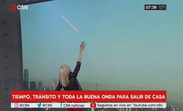 UFO Appears Over Buenos Aires During Morning Weather Forecast (Video)