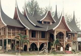 Sejarah Awal Adanya Suku Minangkabau