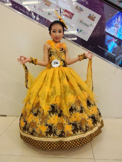 fashion-show-batik