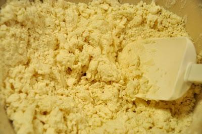 beer biscuits powder mixture in a bowl