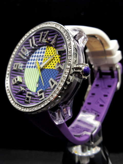 斬新なデザイン性で注目を集めるスイスの腕時計ブランド「Tendence(テンデンス)」。バレンタインにチョコレート代わりにプレゼントしたら喜んでもらえそう。   ウォッチ 腕時計 テンデンス TENDENCE  ラグジュアリー プレゼント 人気 ブランド select  スッキリ テレビ ドイツ 国会議事堂 ファッション誌 キングドーム ファッション おしゃれ 可愛い クレイジー カラフル バレンタイン
