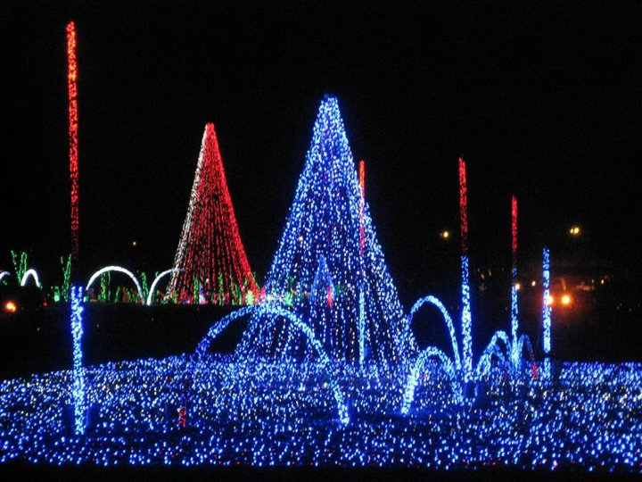 Shadracks Christmas Wonderland.Shadrack S Christmas Wonderland Returns To Myrtle Beach