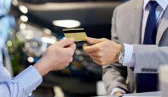 É Sempre Melhor usar Cartões de Crédito do que Dinheiro?