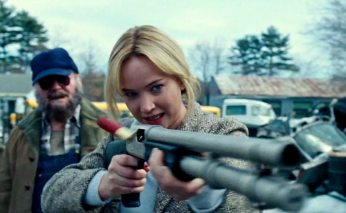 joy-movie-review-2016-jennifer-lawrence