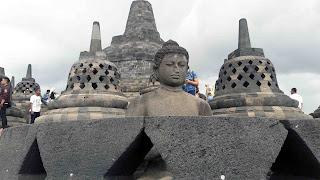 Candi Borobudur 6