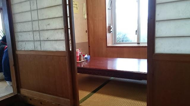 まんぷく食堂の店内の写真