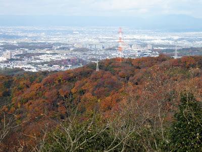 交野山 頂上からの眺め 山の紅葉