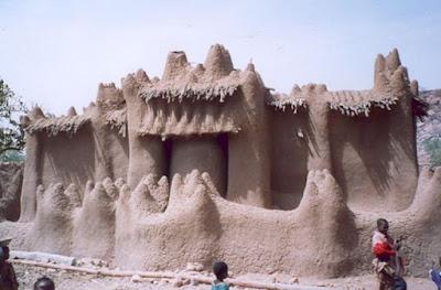 Keunikan-masjid-di-afrika-barat-.jpg