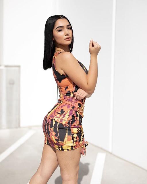 Paloma Silva Photos