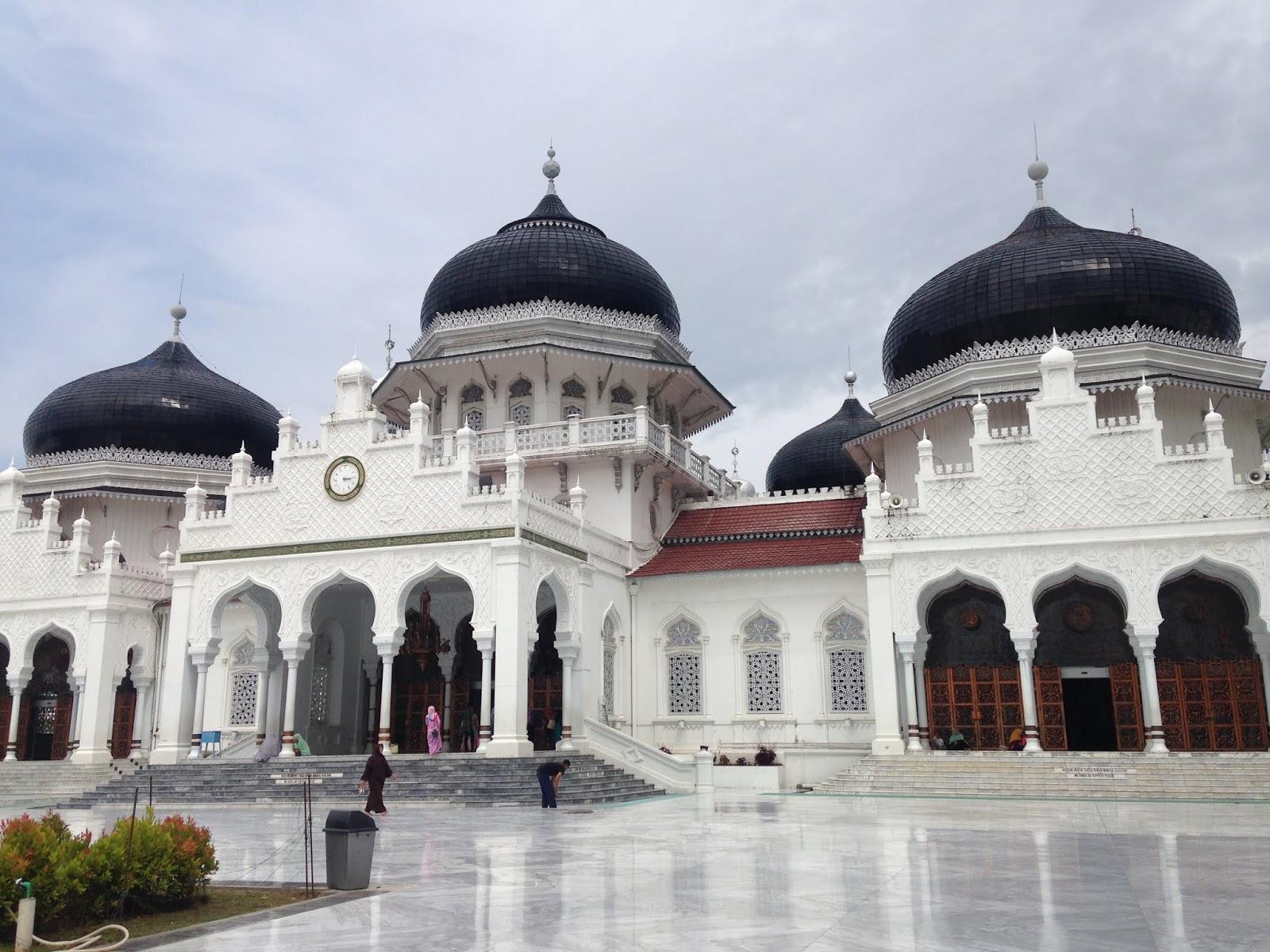baiturrahman-mesjid-banda-aceh