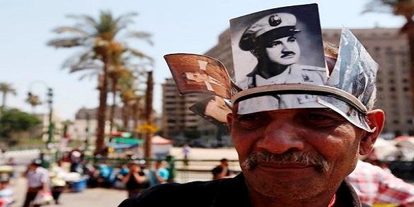 د. احمد الصاوى يكتب:علوي حافظ كلب السلطة يا افندم