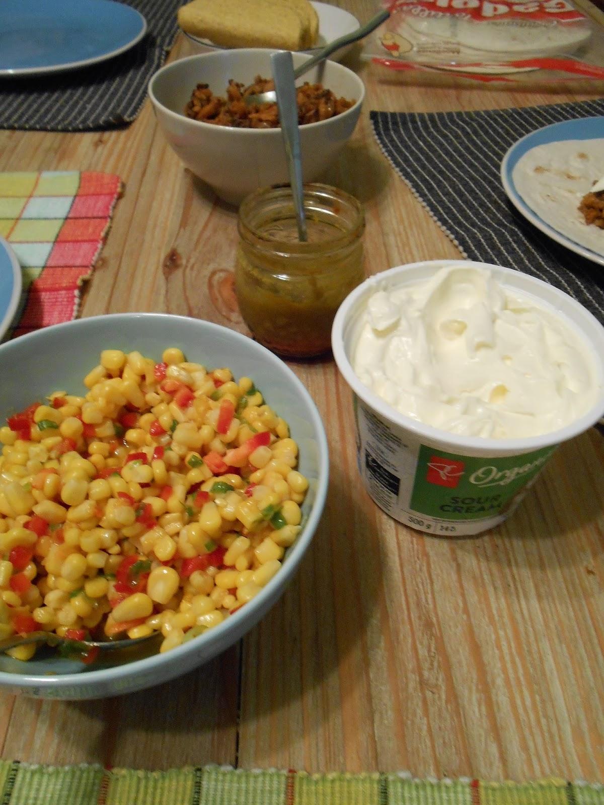 Eat cook and love tacos de shiitakes salsa au ma s et for Assaisonnement tacos maison