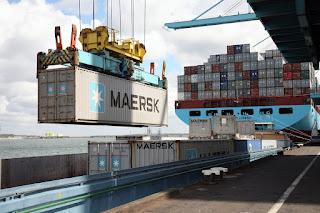 La fuerza del estibador; qué supone la posible huelga de estibadores portuarios