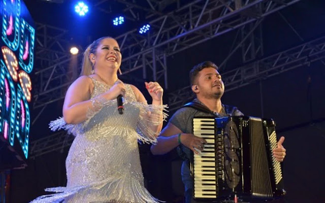 Marília Mendonça vai doar o cachê de Campina Grande