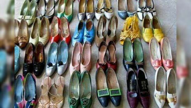 160 sepatu wanita