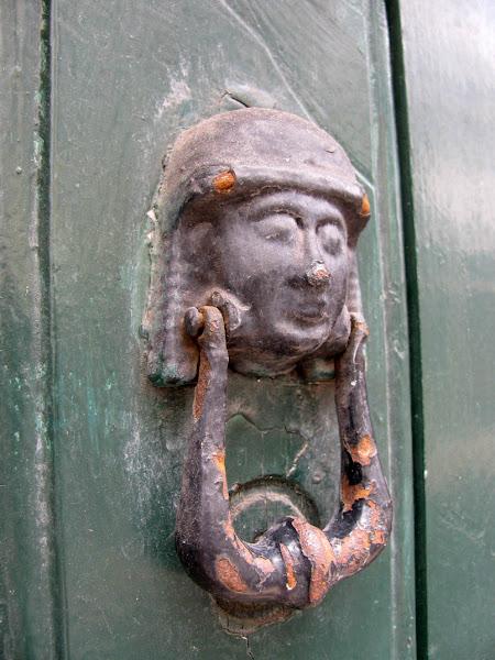 face doorpost
