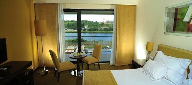 Hotel Vila Gale em Coimbra - quarto