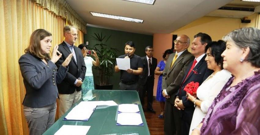 Municipalidad de Miraflores celebra primer matrimonio civil en lengua de señas