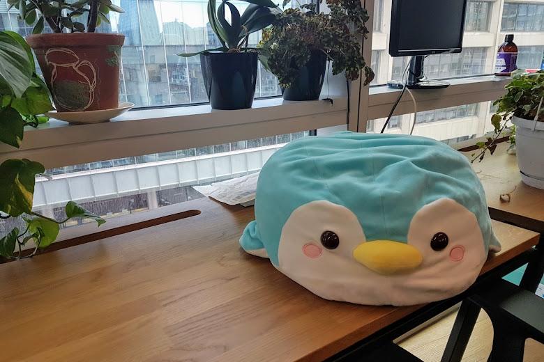 辦公室一景,企鵝是公司的吉祥物