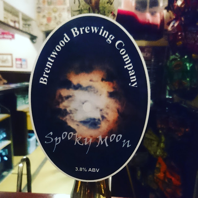 Essex Craft Beer Review: Spooky Moon from Brentwood Brewing Company real ale pump clip