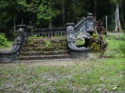 Daik Lingga Bunda Tanah Melayu - Bekas Istana Damnah