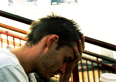 Stres Bisa Sebabkan Asam Lambung