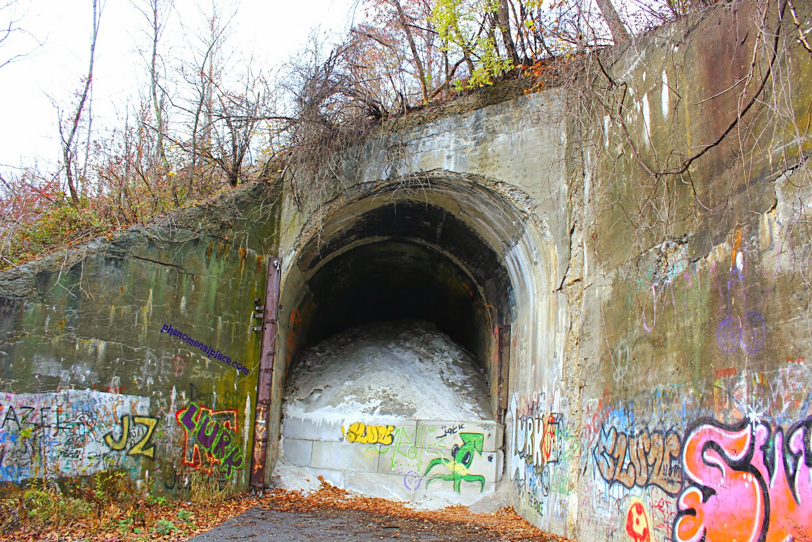 Green Man S Tunnel In Pennsylvania Haunted By Charlie No