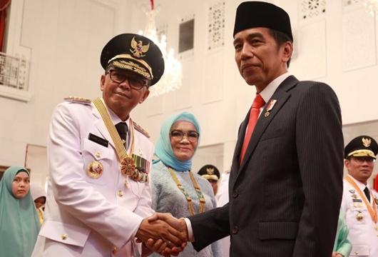 Kabar Buruk Buat Pendukung Prabowo, Gubernur Sulsel Target Jokowi-Maruf Menang 80 Persen