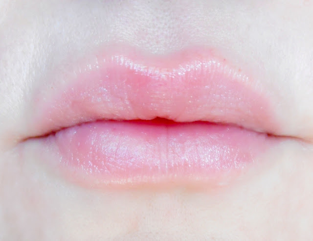 NUXE Baume à Lèvres Rêve de Miel - Ultra nourrissant et réparateur - swatche lips
