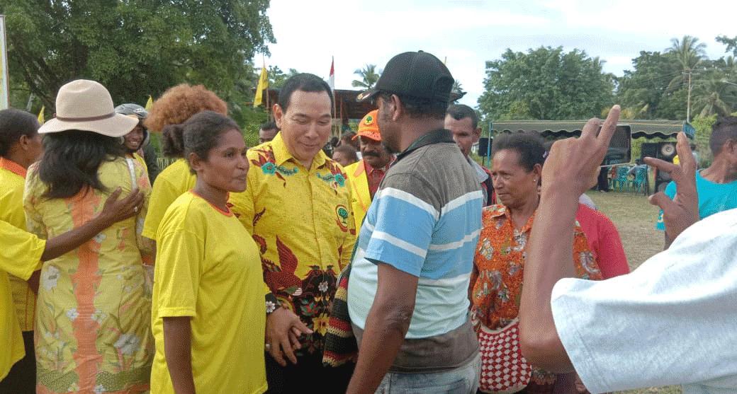 Kunjungi Supiori Hmp Fokus Angkat Ekonomi Kerakyatan Dharapos Papua