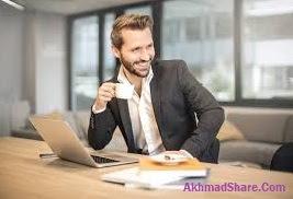 Kebiasaan di Kantor Lifestyle Pria Masa Kini