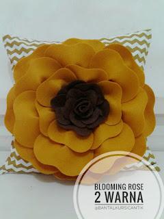 bantal kursi bentuk bunga mawar