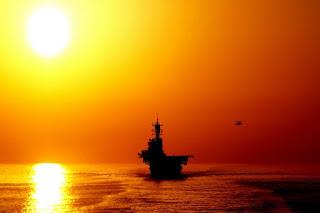 Iran Kuasai Selat Hormuz, Larang Kapal Perang AS Masuk