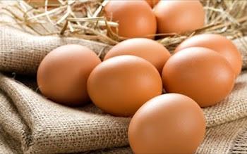 ΘΑ ΕΚΠΛΑΓΕΊΤΕ! ΑΥΤΟΣ είναι ο πιο υγιεινός τρόπος να τρώτε τα αυγά;