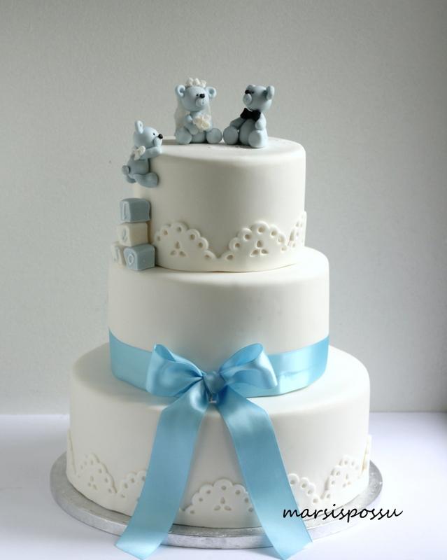 Kakku hää- ja kastetilaisuuteen