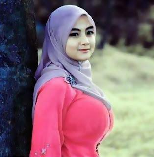 jilbab toket besar, video bokep cewek jilbab, tante girang jilbab