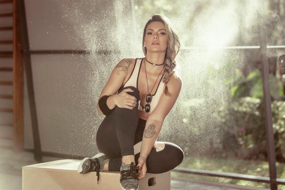 Kelly Key mostra o corpo sarado em campanha de moda fitness. Foto: Samuel Melim
