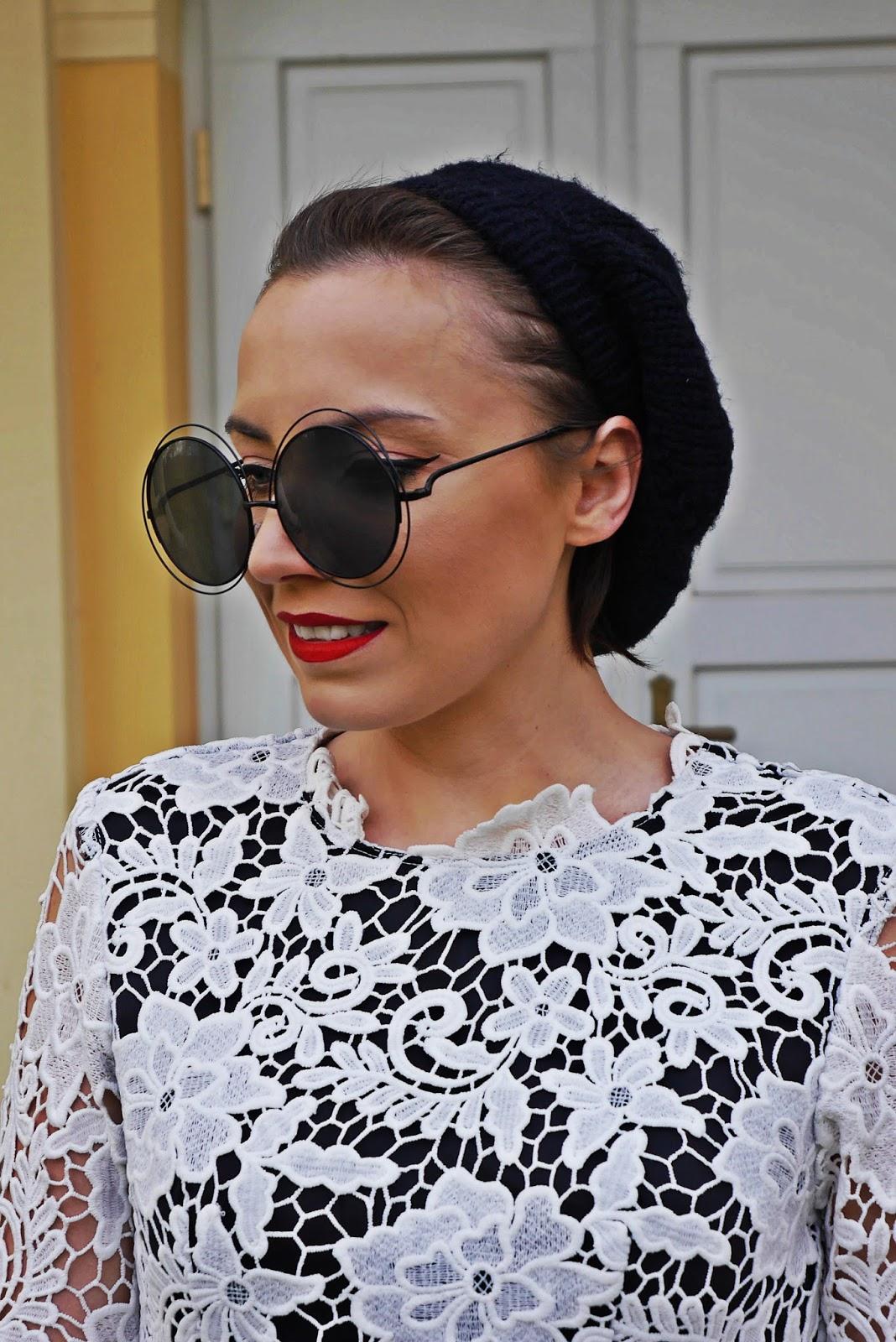 1_koronkowa_sukienka_rozowa_ramoneska_beret_buty_renee_kozaki_karyn_blog_modowy_181217e