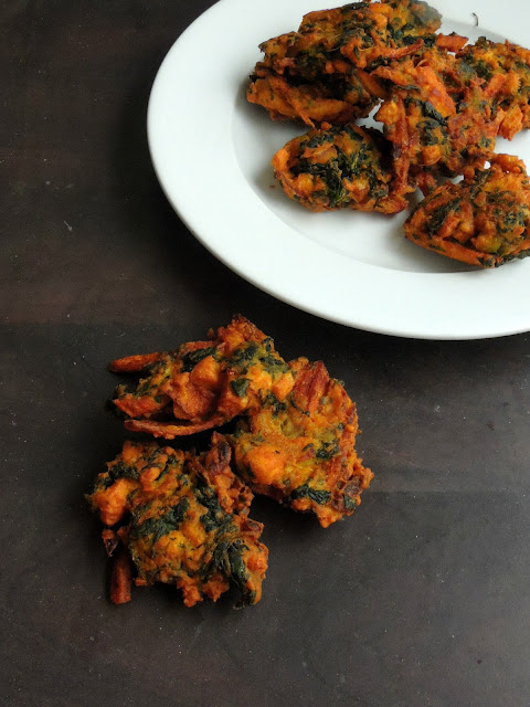 Spinach Soya Cheese Pakoras