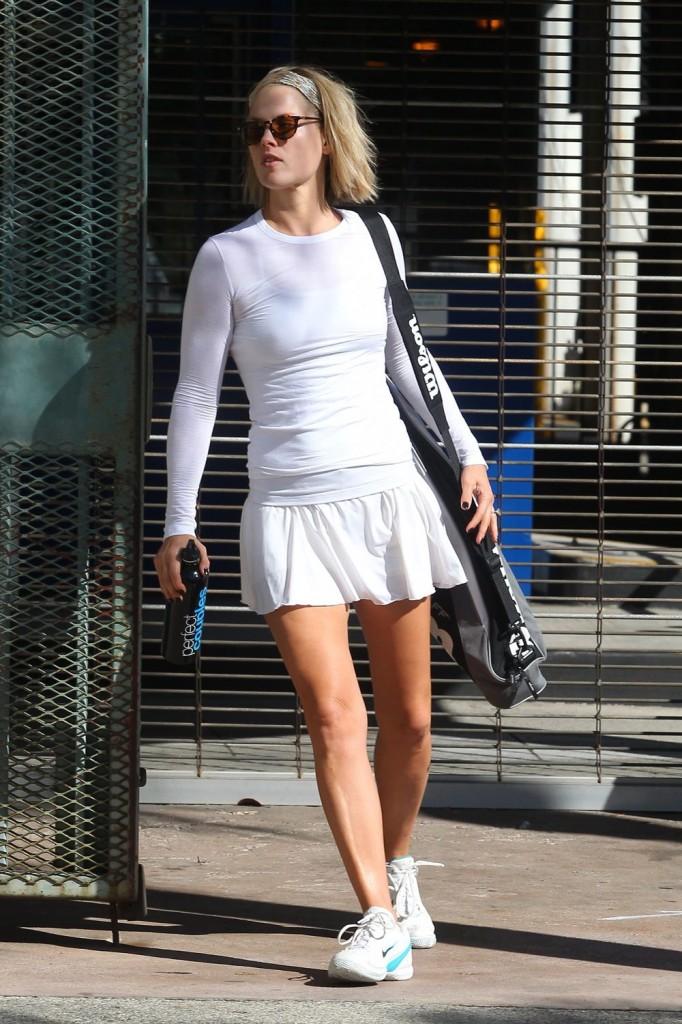Ali Larter Hot in Tight dress ~ Hot Actress Sexy Pics