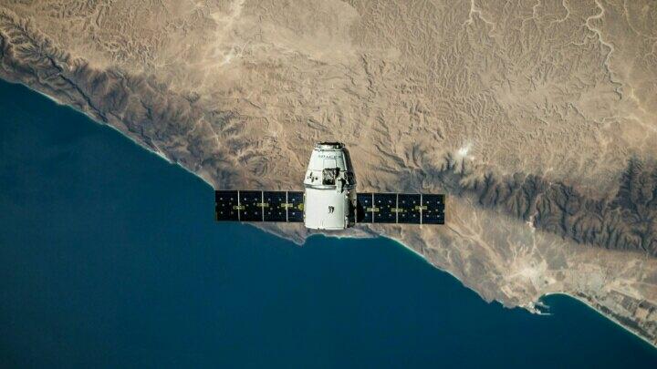 telkom meluncurkan satelite terbaru telkom 3s